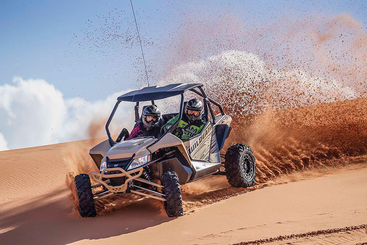 Arctic Cat Sport Modelle auch inm neuen Wüstenlook.